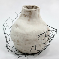 Vessel with Caged Nest - Earthenware Clay, wire, approx. 15x15cm (2018)